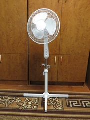 Напольный вентилятор 50 Вт